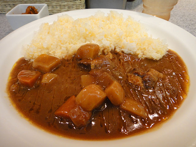 Beef Curry with Cubic Vegetables