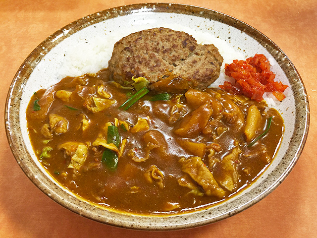 Pork and 3 Flavor Kimchi Curry with Hamburger