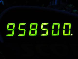 958500
