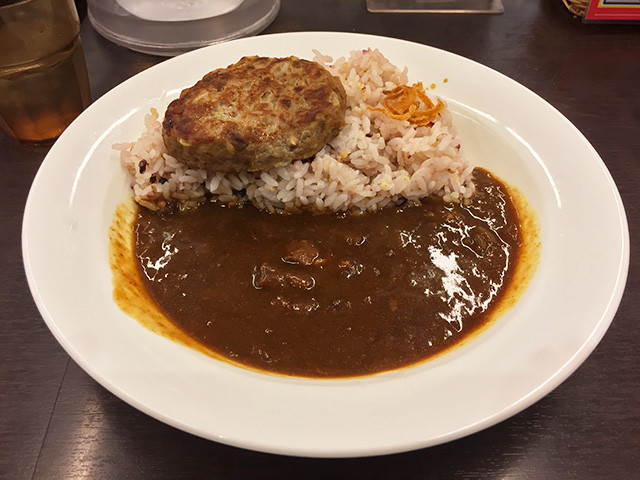 European Beef Curry with Hamburger