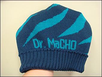 Dr. まっちょ。ニット帽
