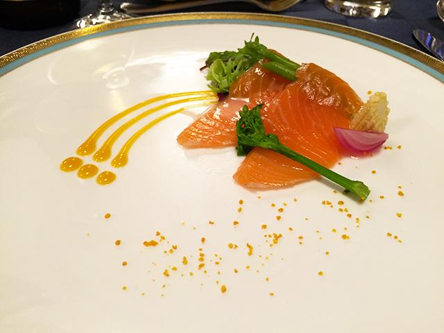 Saumon Marine et Legumes de Couleurs Sauce Orange