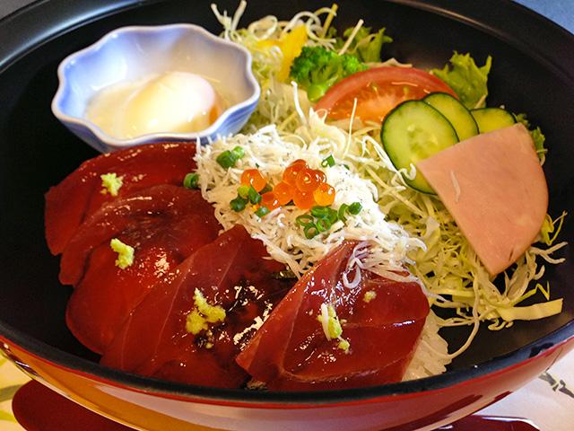 Tuna and Whitebait Bowl
