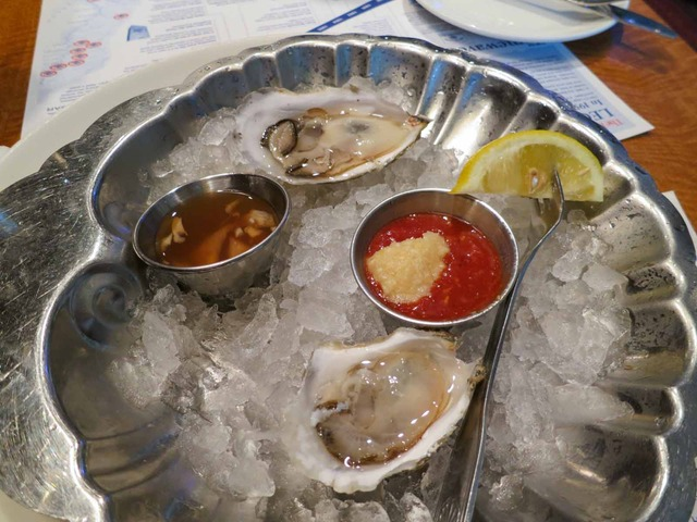 Cape Cod Raw Oysters 5_edit