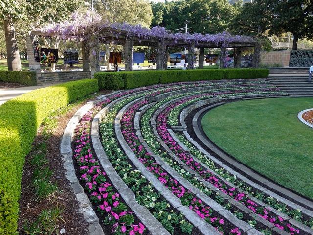 Sandringham Gardens 1_edit