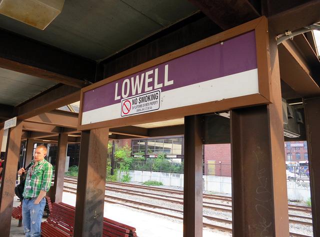 Lowell 駅 1_edit