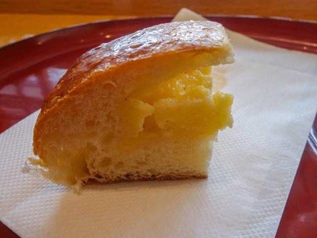 クリームパン 1_edit