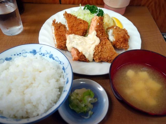 シャケ,フグ,メカジキ定食 1_edit