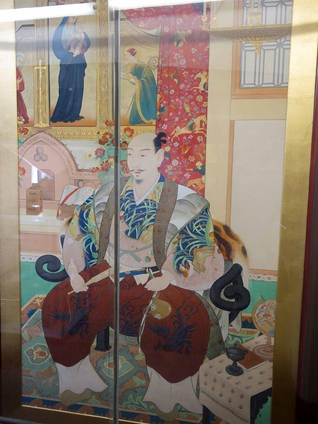 京都南蛮礼拝堂の織田信長像 3_edit