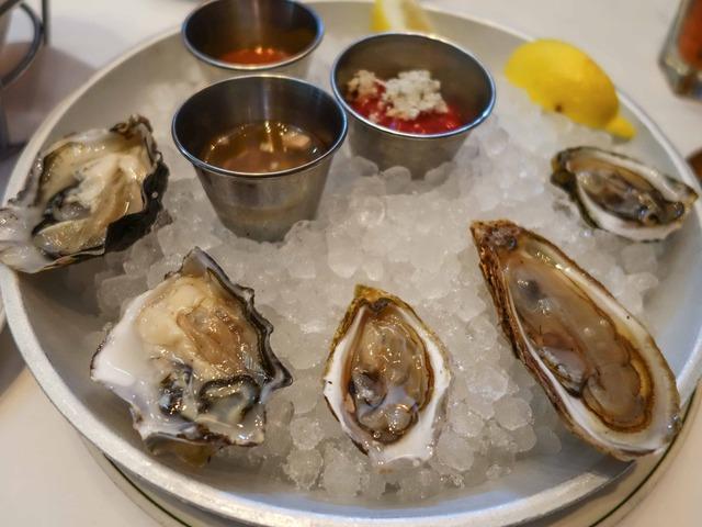 Fresh Oysters 2_edit - コピー
