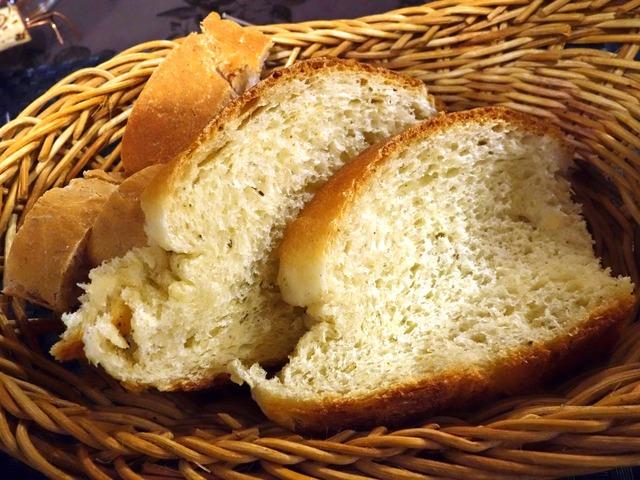自家製パン 3_edit