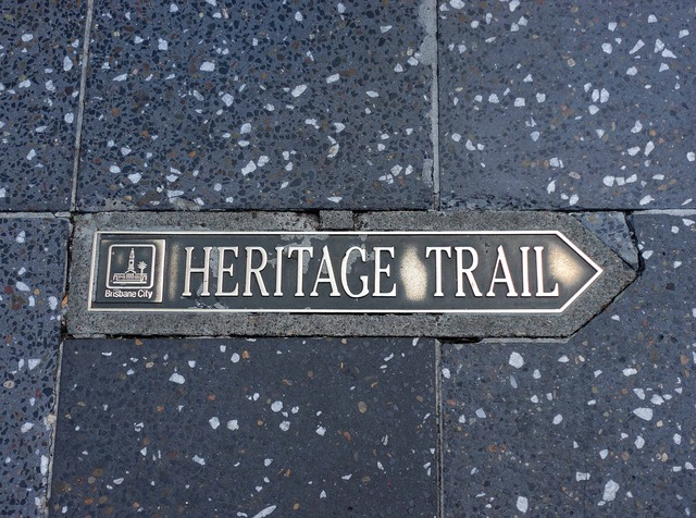Heritage Trail (Queen St)_edit