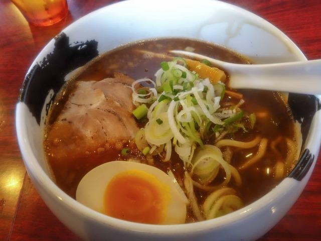 特製醤油ら~麺 1_edit