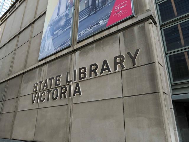 ビクトリア州立図書館 3_edit