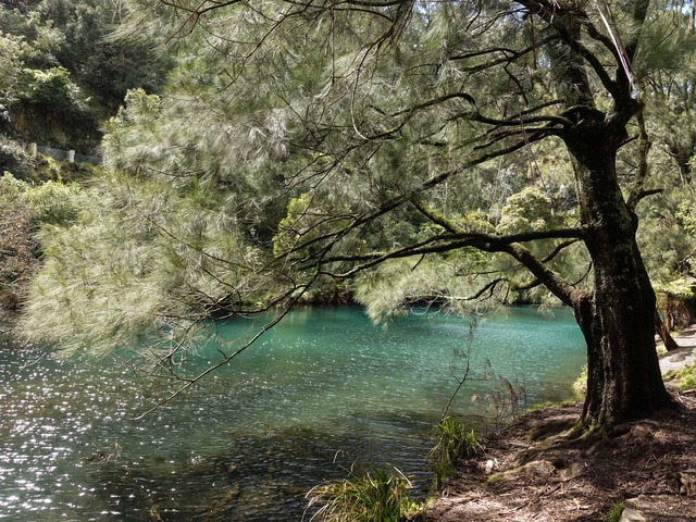 Blue Lake Jenolan 1_edit
