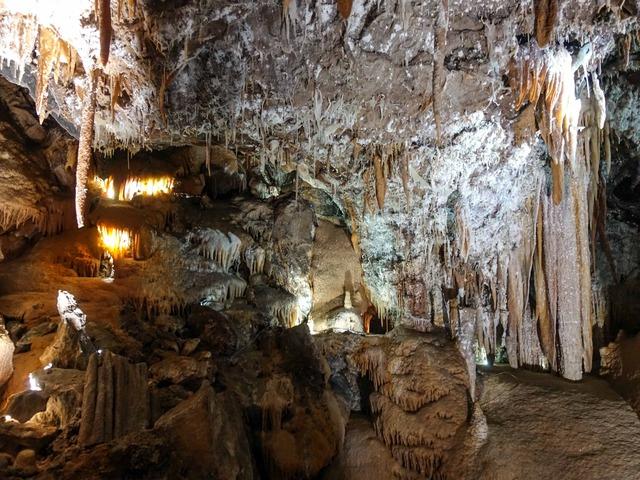 Orient Cave 135_edit