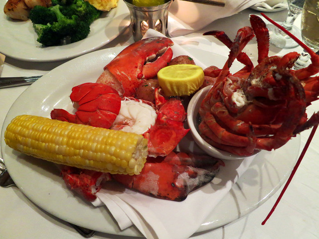 Maine Lobster (2 lb) 1_edit 2