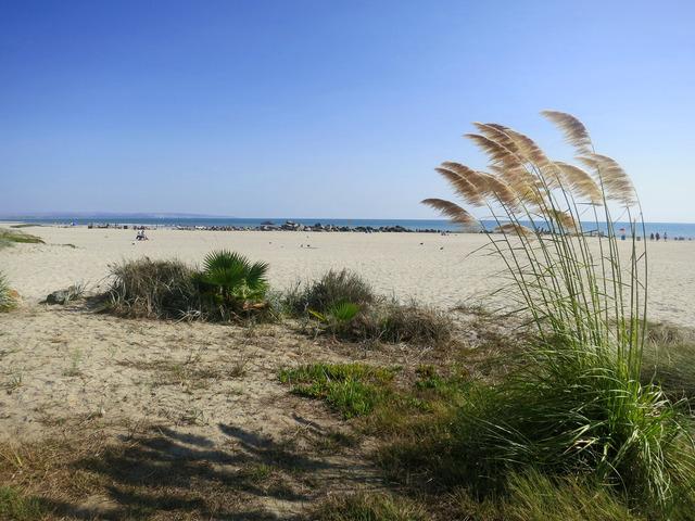 ホテル前のビーチ 1_edit