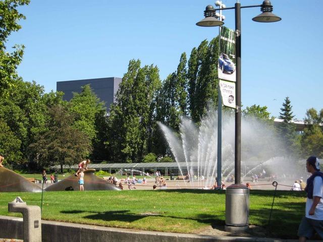 Seattle Center_International Fountain 3_edit