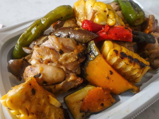 夏野菜と大山地鶏のグリルサラダ 6_edit
