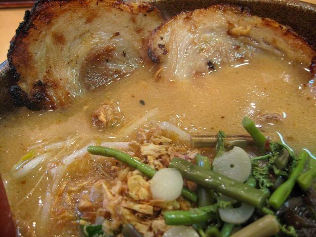 信州味噌炙りチャーシュー麺 2_edit