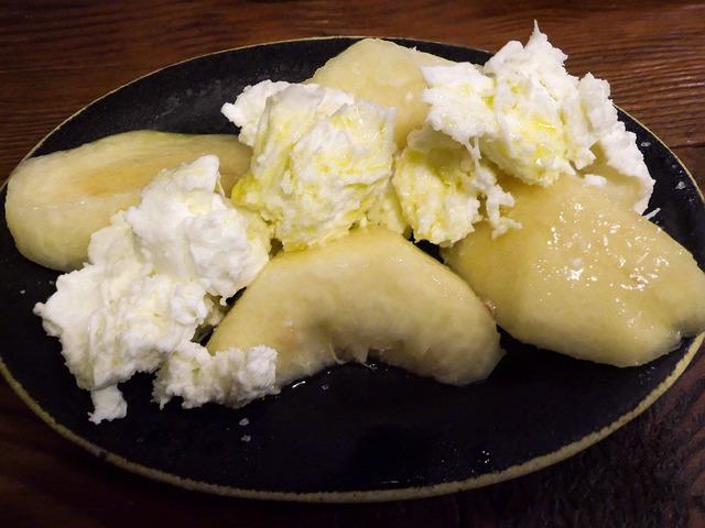桃とモッツァレラチーズ 1_edit