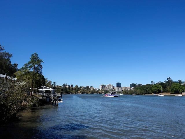 Kangaroo Point Bikeway からブリスベン川を望む 11_edit