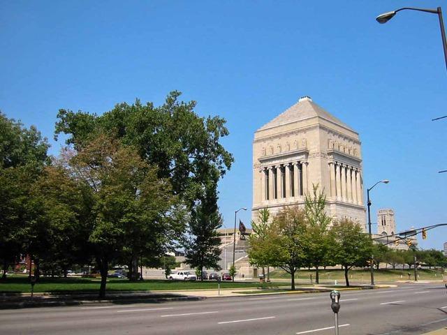 Indiana World War Memorial 2_edit