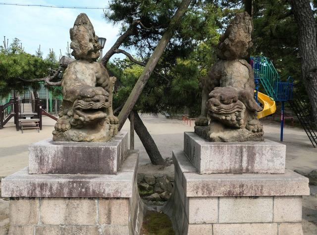住吉神社の狛犬_edit
