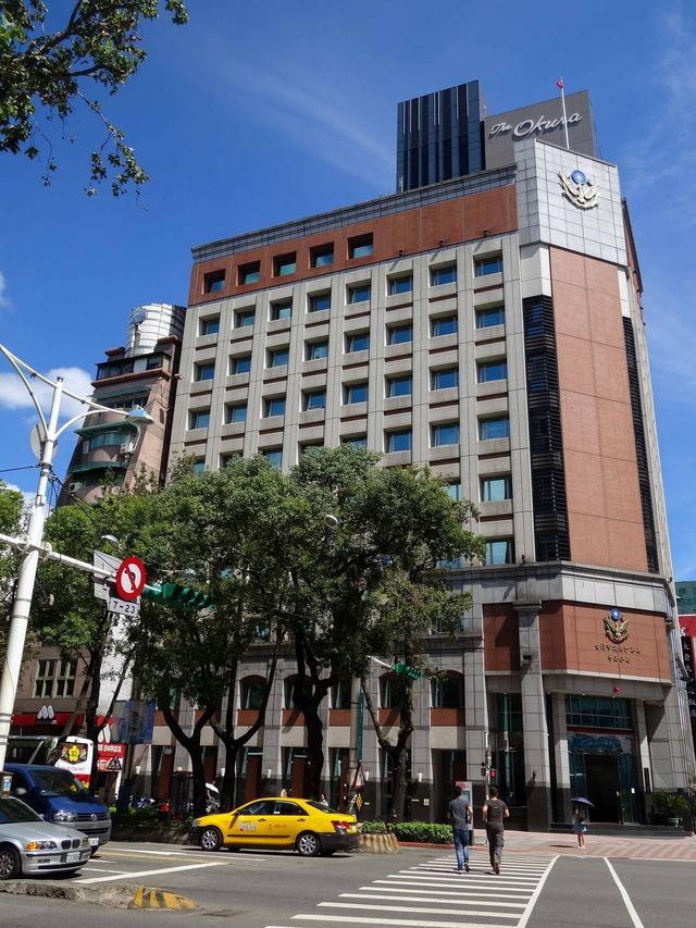 南京西路と中山北路二段の交差点 4_edit