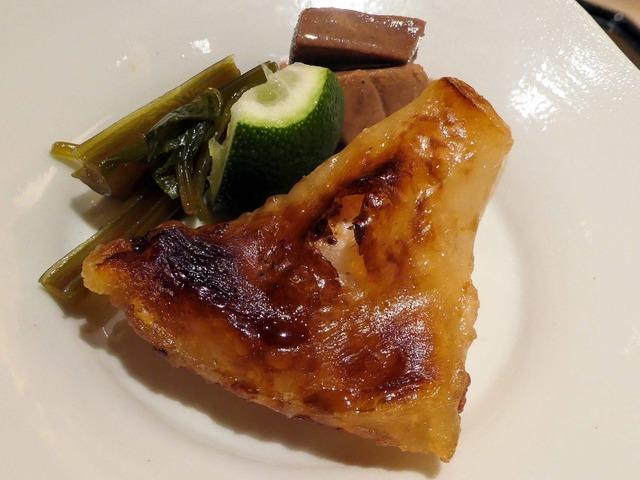 サメガレイの焼き物,マグロの山椒煮,葉ワサビ漬け 2_edit