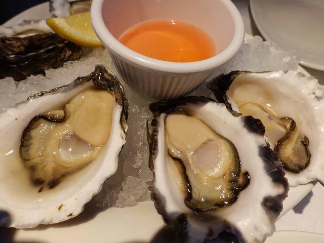 Sydney Rock Oysters 5_edit