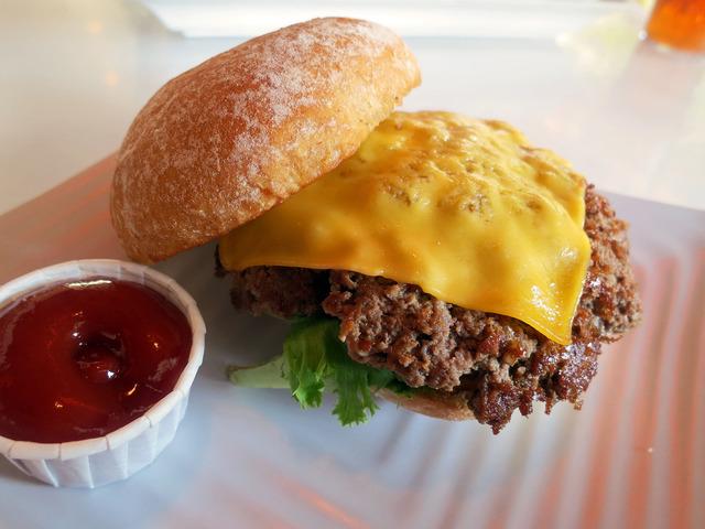 Lounge Burger 5_edit