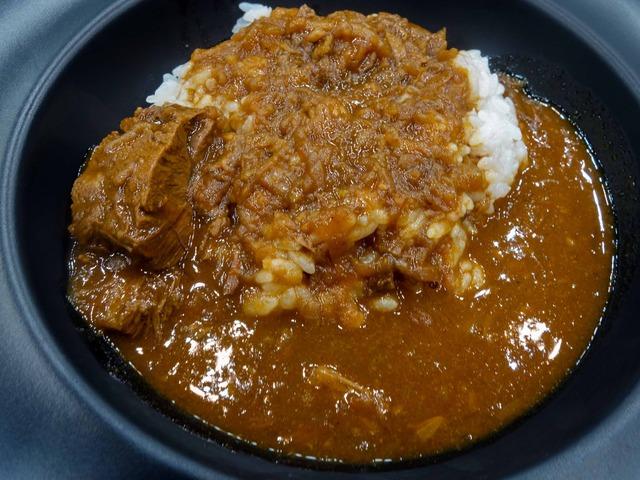 京都「洋食おがた」の京都南丹平井牛ビーフカレー 1_edit