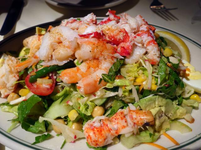 Seafood Chopped Salad 1_edit