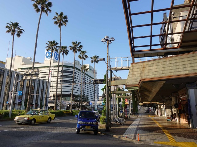 JR 徳島駅前の通り 6_edit