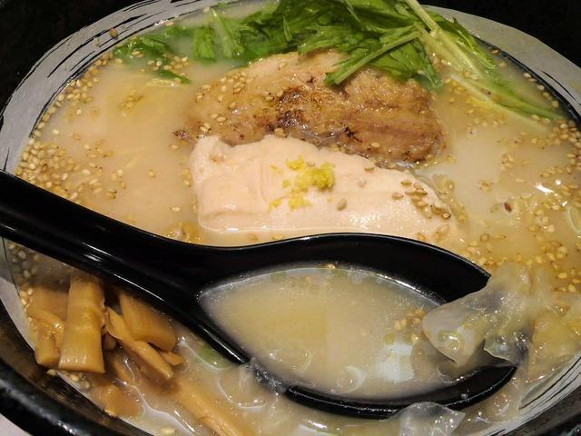 RYUS鶏白湯ラーメン 6_edit