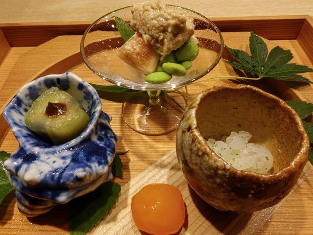 八寸(白イカ,茶豆,イチジク,翡翠茄子,卵黄の味噌漬け) 3_edit