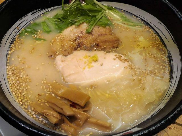 RYUS鶏白湯ラーメン 3_edit