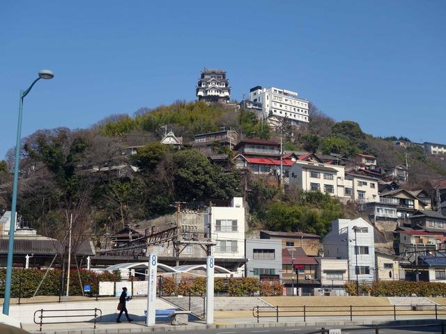 国道2号線から尾道城を望む 2_edit