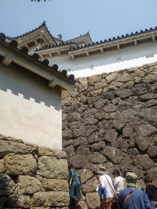 にの門の東側の石垣 6_edit