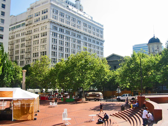 Pioneer Courthouse Square 6_edit