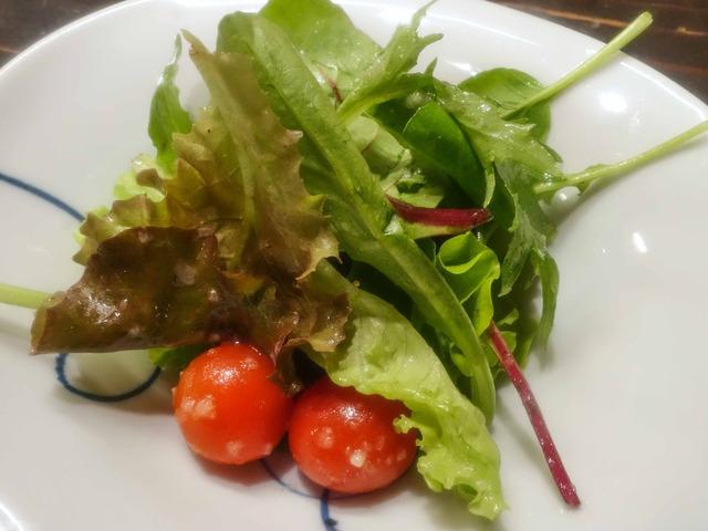 有機野菜ベビーリーフとトマトのサラダ 1_edit