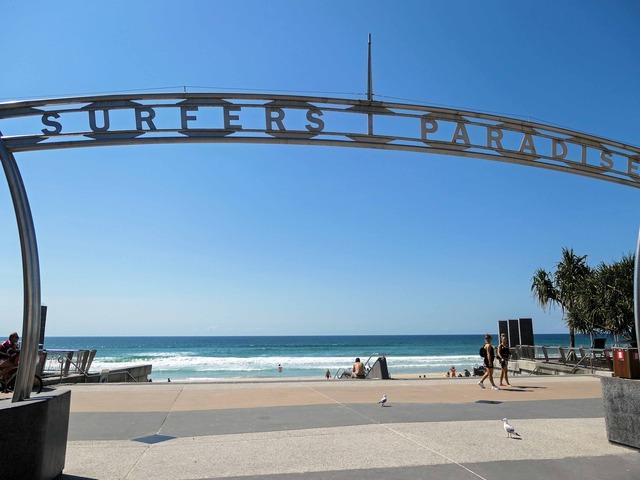 Surfers Paradise Beach 16_edit