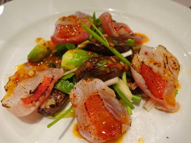 皮を炙った金目鯛と山菜のサラダ 1_edit