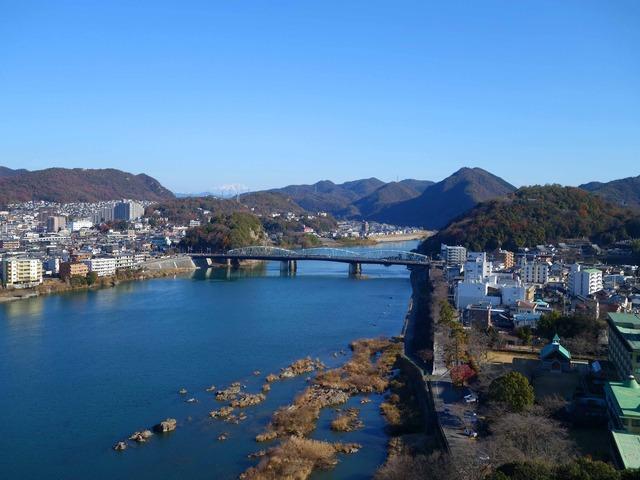 犬山城天守から木曽川(東側)を望む 3_edit