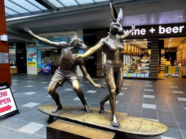 Dogman と Rabbit woman 2_edit