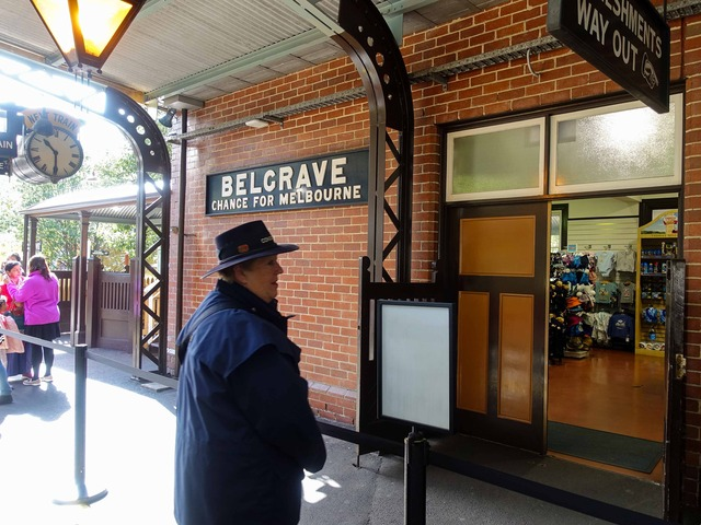 Belgrave 駅 14_edit