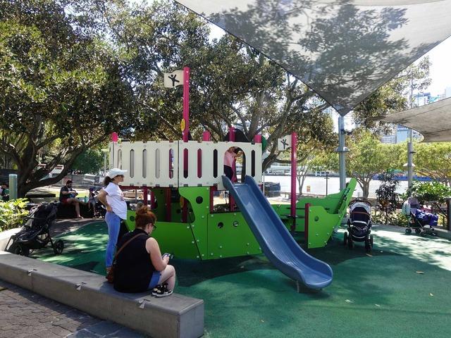 Riverside Green Playground 2_edit