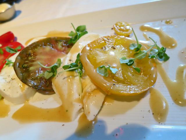 Heirloom Tomato Salad 3_edit